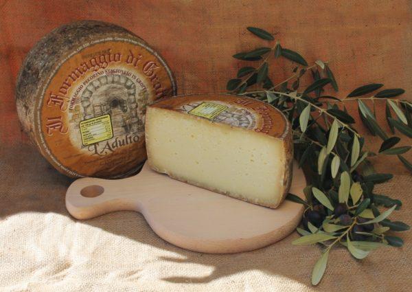 formaggio pecorino stagionato